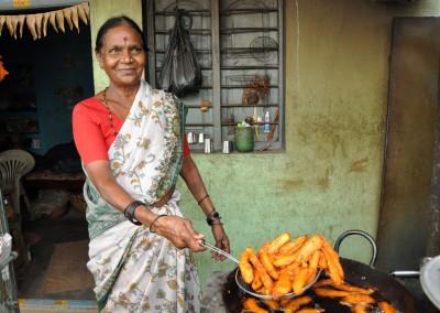 Le digesteur produit suffisamment de biogaz pour les besoins quotidiens de cuisson d'une famille.